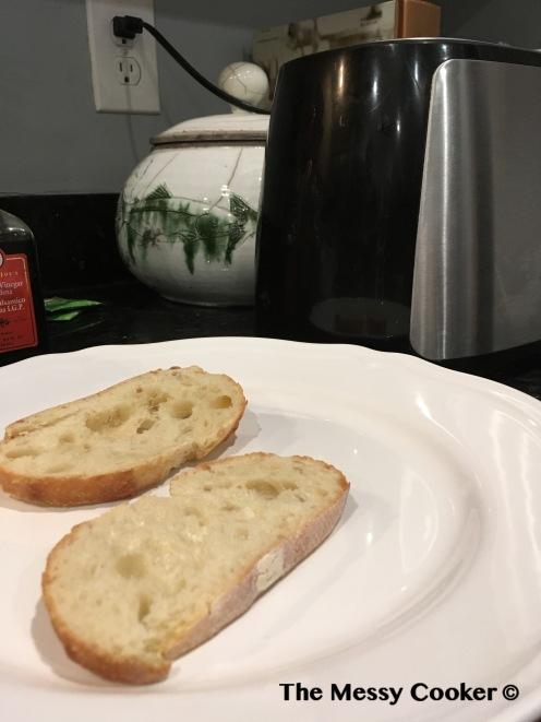 shallot-burger-sliced-bread